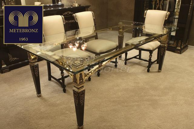 PERA DINING COLLECTION