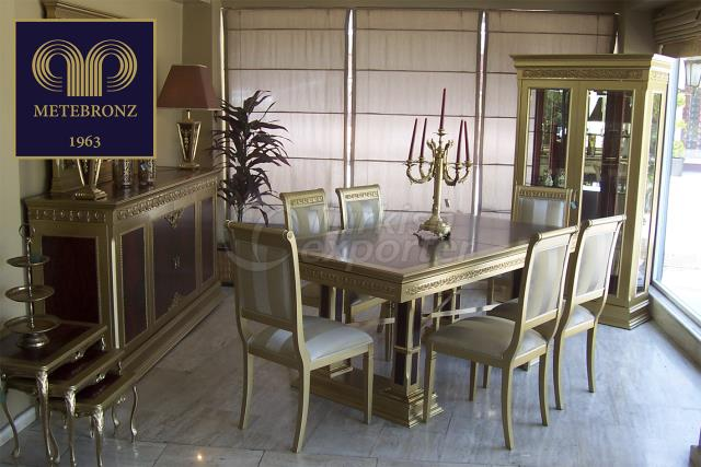 MANCO DINING COLLECTION