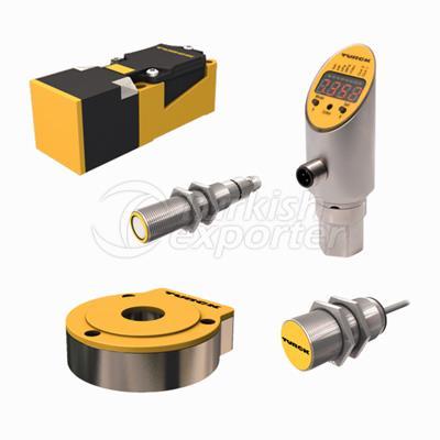 Sensors and RFID