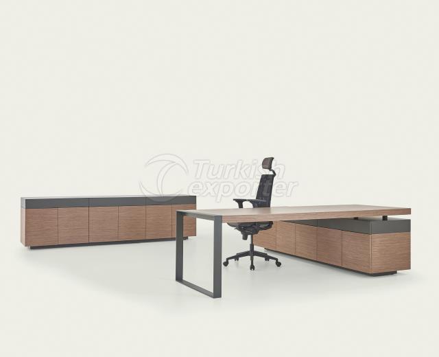 Executive Desk Norm