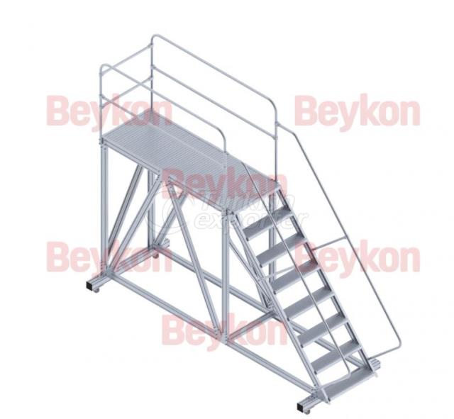 Industrial Ladders with Platform