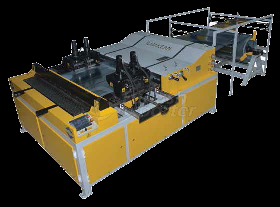 DUCT FORMING MACHINE WITH PUNCH