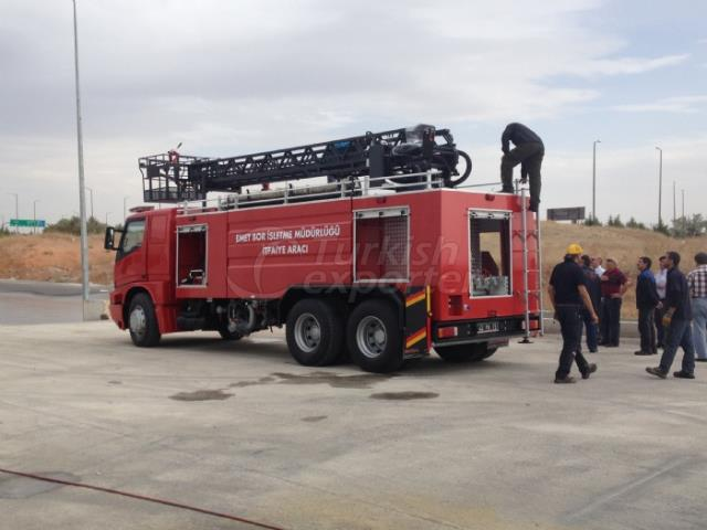 Fire-Fighting Vehicles With Hydraulic Ladder