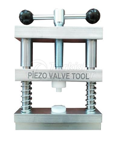 Piezo Injector Bleed Valve Clamp