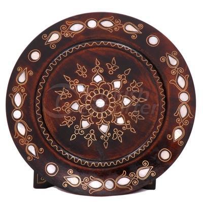 Nacrous Plate