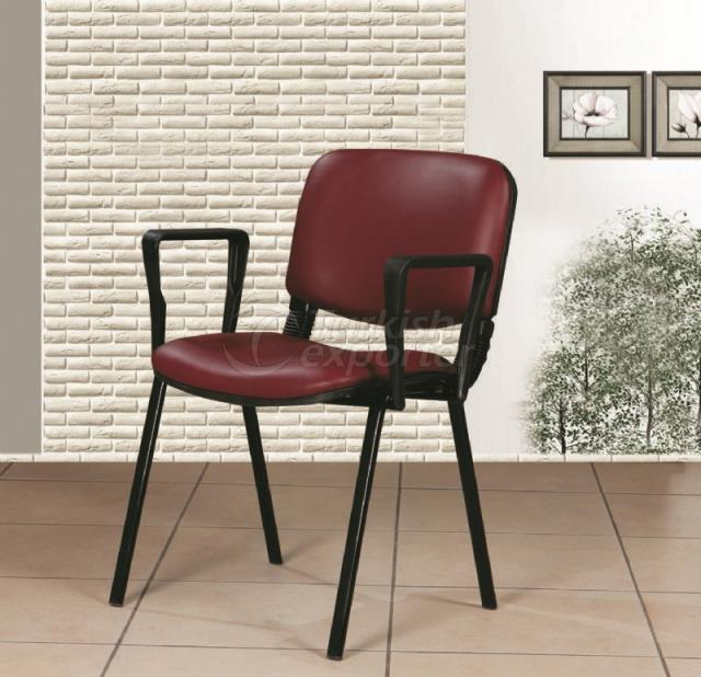 DB 03 Form Chair