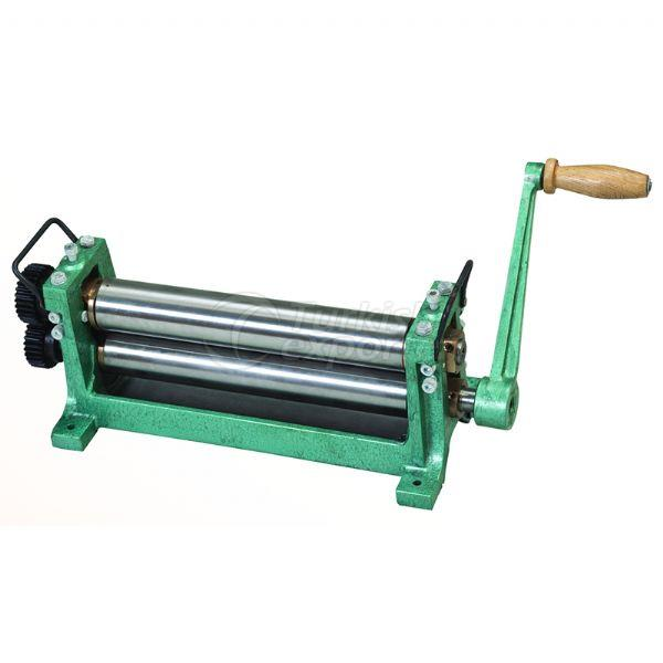 Foundation Roller