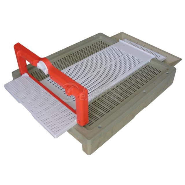 655B Buttom Board Plastic