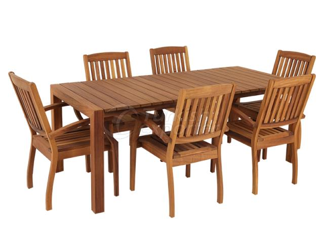 IROKO TABLE SET