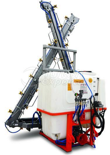 mounted-sprayer-with-hydraulic-boom