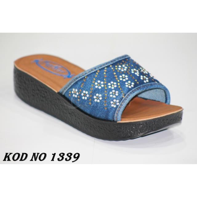 Woman Slippers 1339