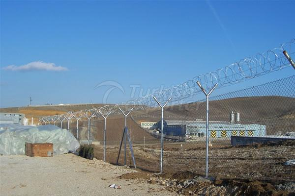 Barbed Fence With Pipe Column