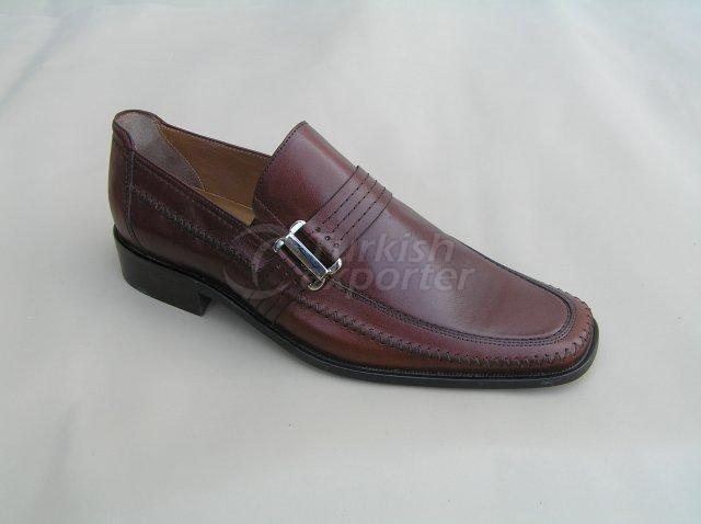 Men Shoe Summer Season Stout Leather Base with Handworks and Buckle