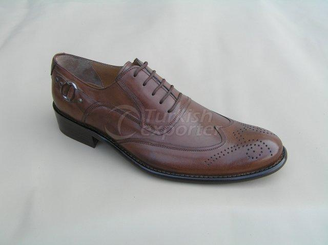Men Shoe Summer Season Stout Leather Base Perforated Pattern