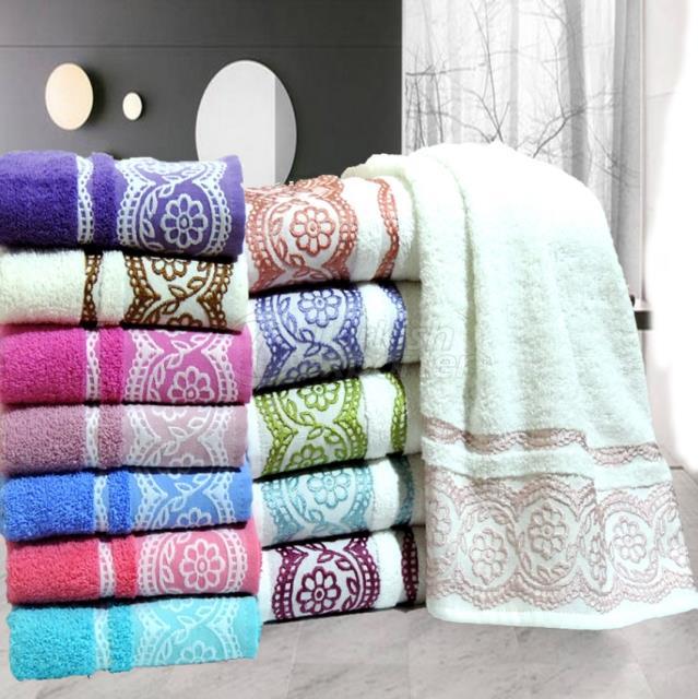 Hand Towel Lace Design