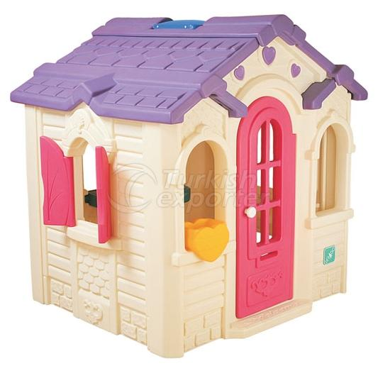 Plastic Game House