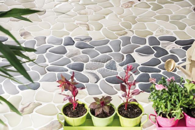 Large Puzzle Porcelain mosaic tile.